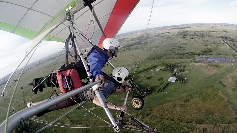 Las actividades de vuelo libre sin motor monoplaza se agregan a a la lista de deportes individuales permitidos