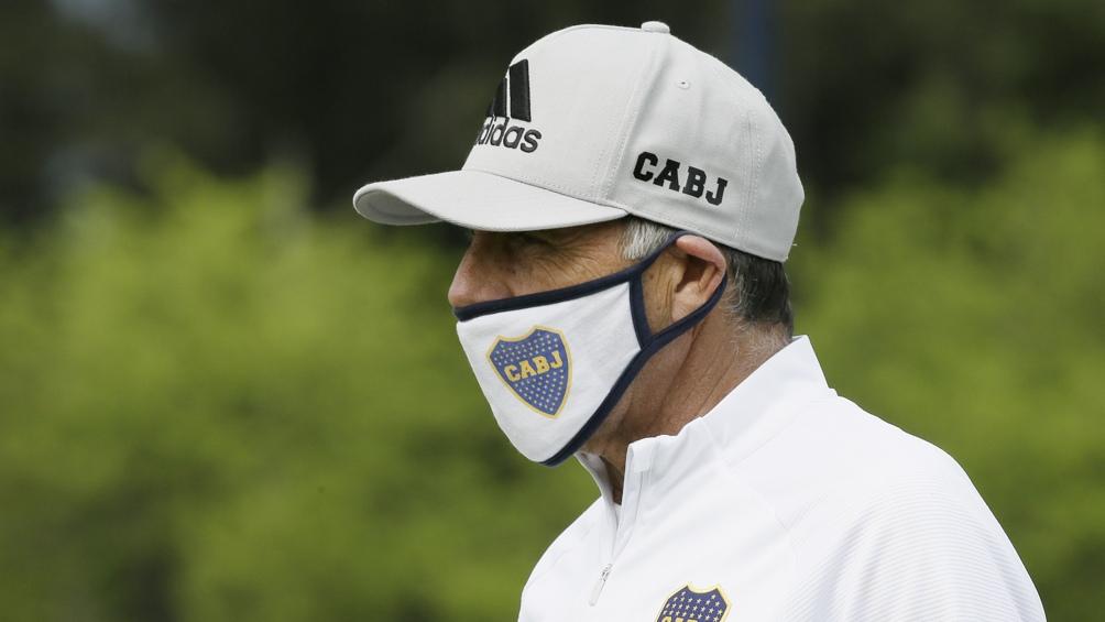 Russo, entre la preocupación por el mal juego y la posible vuelta de Tevez ante Vélez
