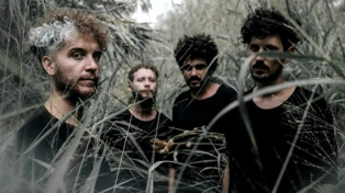 Todo Aparenta Normal presenta su último disco en el anfiteatro del Parque Centenario