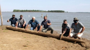 Hallan el mástil de una antigua embarcación que naufragó en el Paraná hace 94 años