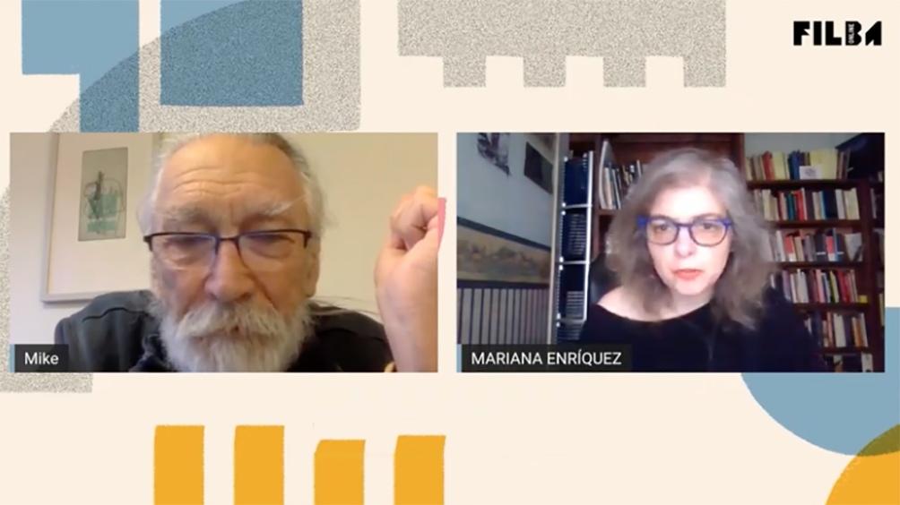 Diálogo entre M. John Harrison y Mariana Enriquez en el FILBA