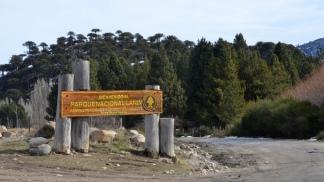 Al Parque se puede acceder desde San Martín de los Andes, Aluminé y Junín de los Andes.