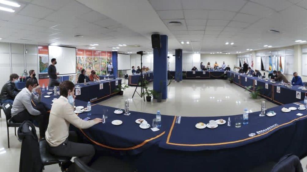Intendentes del PJ se reunieron para respaldar al Gobierno y evaluar aperturas