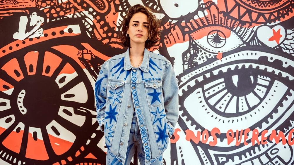 La actuación de Zoe Gotusso forma parte del espacio de música en vivo del ciclo virtual del Centro Cultural Recoleta.