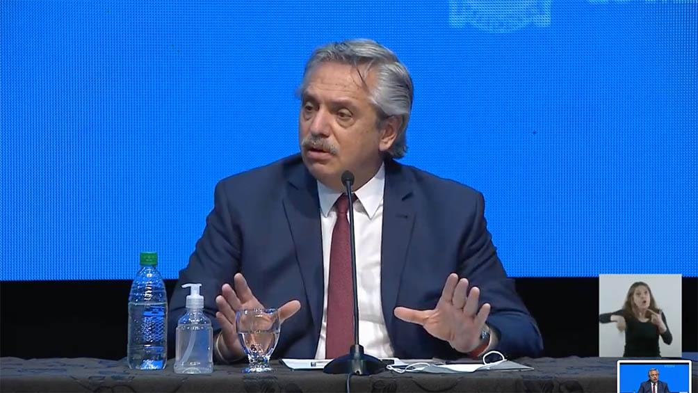 El presidente ratificó la continuidad de Guzmán al frente de Economía.