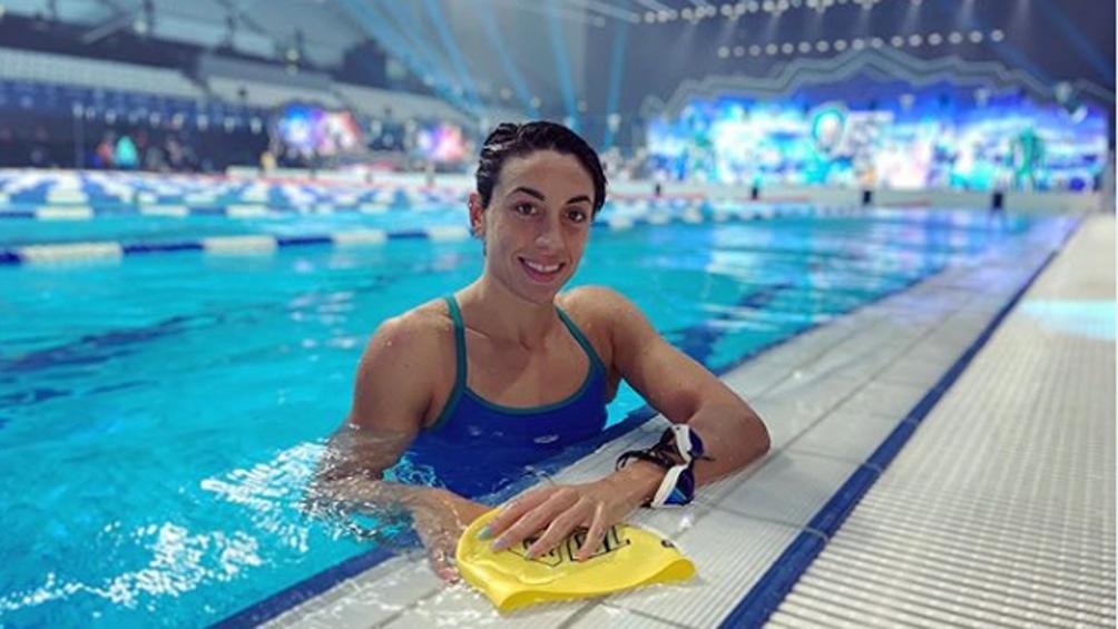 Sebastián y una gran marca para la nadadora argentina en 200 metros pecho (foto: IG julisebastian_)