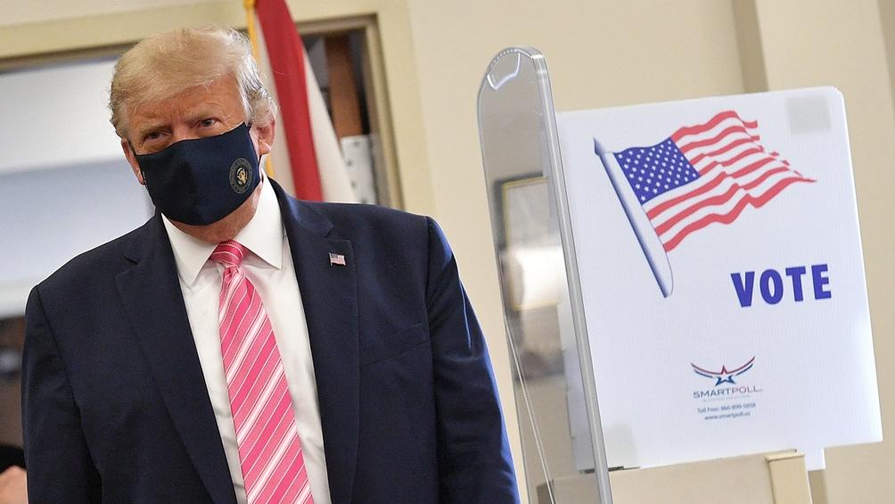"""""""Es un honor votar"""", dijo Trump"""