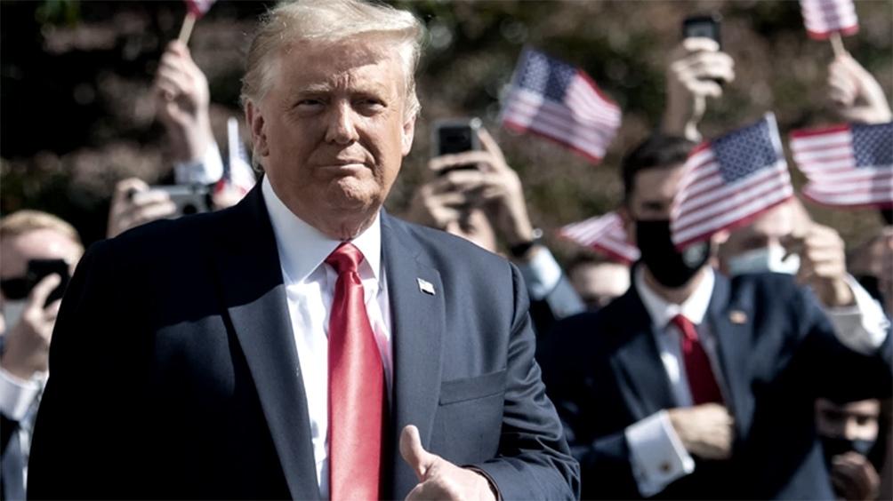 Trump volvió a minimizar el virus