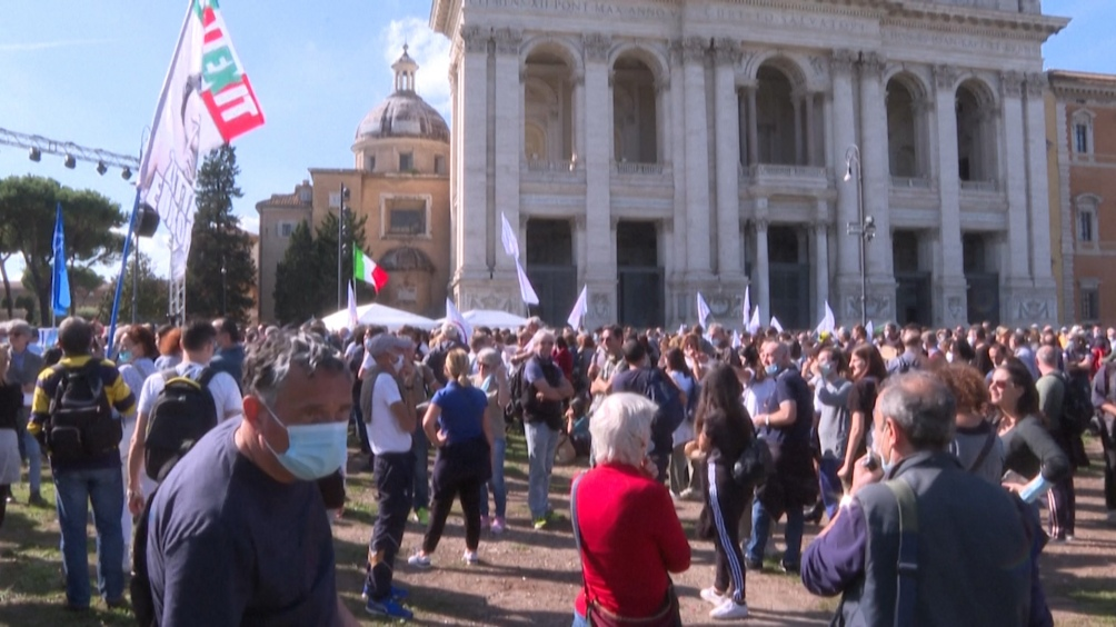 Italia dispuso el toque de queda para detener los contagios.