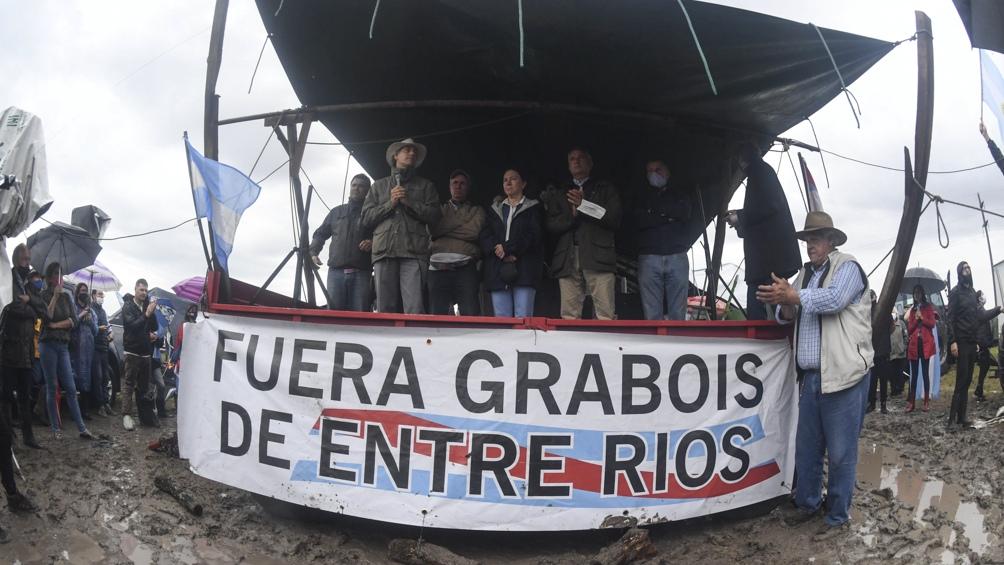 Productores rurales se movilizaron en apoyo a Luis Etchevehere