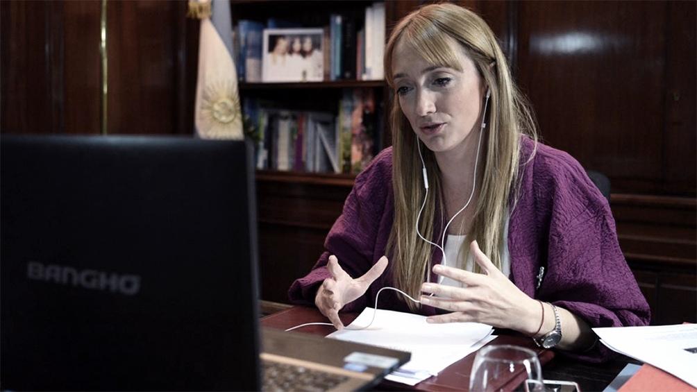 """La vicepresidenta del bloque del Frente de Todos del Senado de la Nación, Anabel Fernández Sagasti, señaló que """"hace tiempo insisto en que el Poder Judicial está alejando de los problemas de la gente""""."""