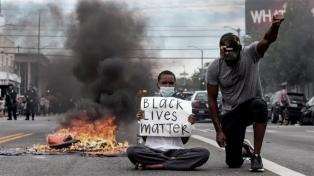 La muerte de otro afroamericano baleado por policías desata disturbios