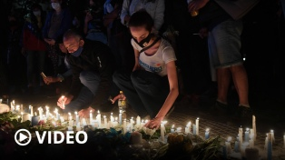 Caravanas en Plaza de Mayo y el interior del país en homenaje a Néstor Kirchner
