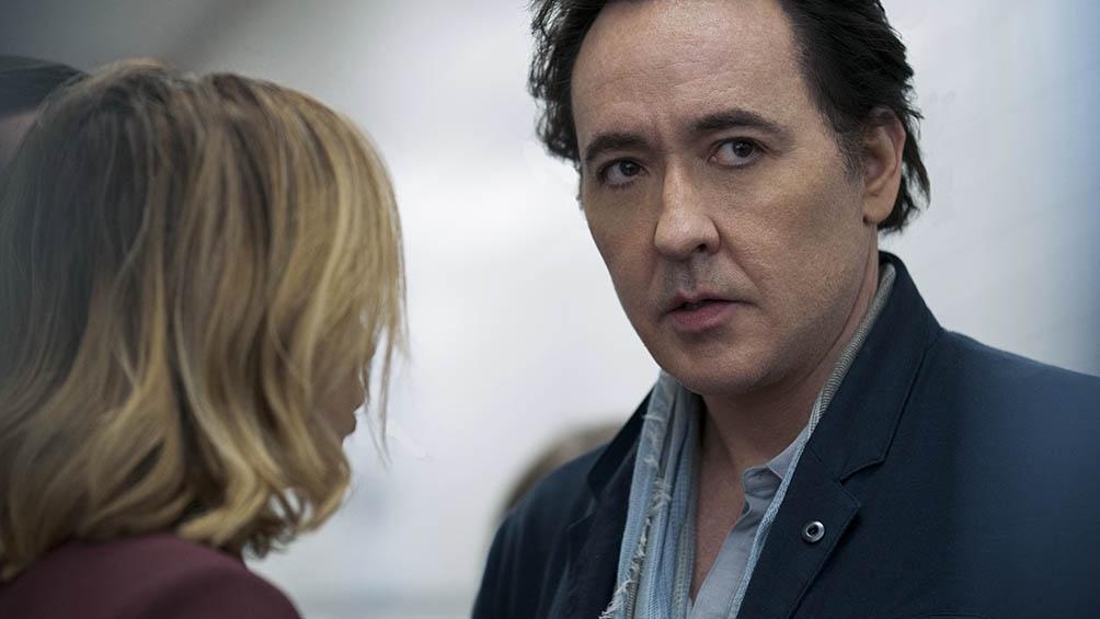 """John Cusack es el protagonista de la  versión estadounidense de la serie """"Utopía""""."""