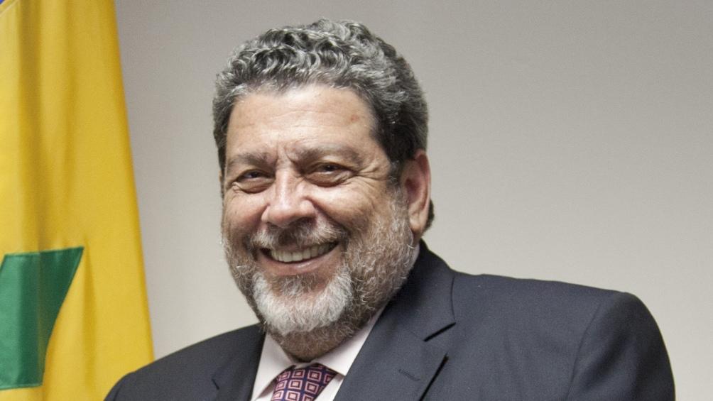 Ralph Gonsalves, busca un nuevo mandato como primer ministro