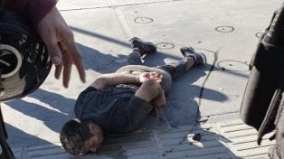 Murió de un paro cardíaco el hombre que generó un tiroteo con dos policías heridos en Retiro