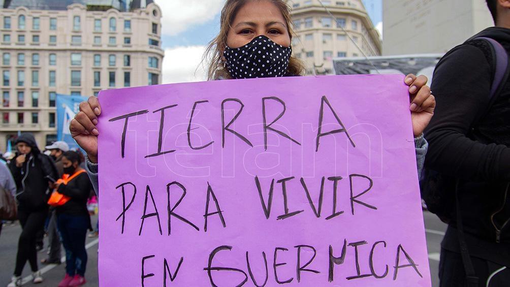 """Silvia Saravia: """"Vamos a resistir. Guernica no está sola. Nuestro pueblo merece el acceso a la tierra y a la vivienda digna"""""""