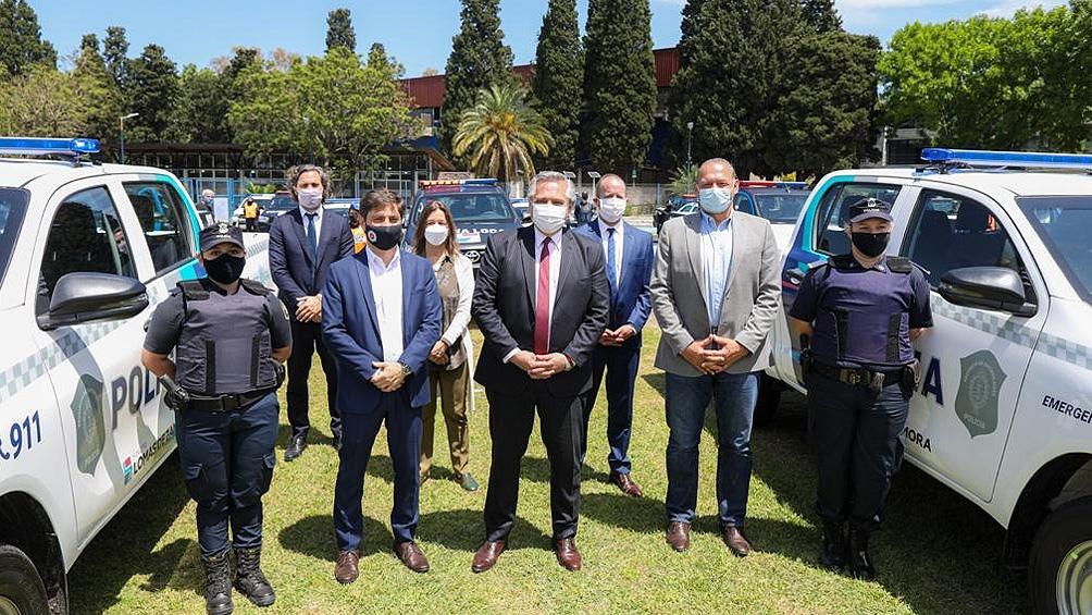 El mandatario participó junto al presidente Alberto Fernández de la entrega de equipamiento para reforzar la seguridad.