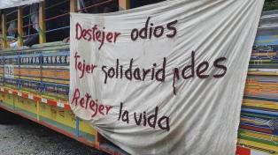 Unos 2.000 miembros de las FARC marchan a Bogotá en rechazo del asesinato de exguerrilleros