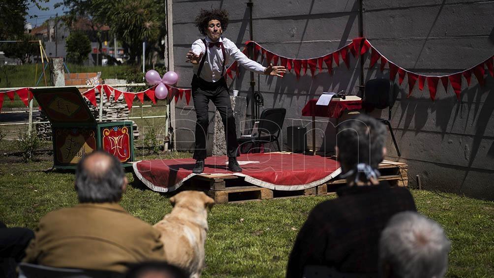 Artistas circenses marplatenses se preparan para trabajar en la temporada de verano