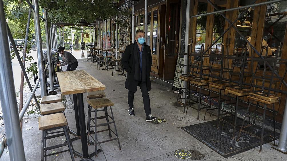 Al menos 14 países europeos registraron esta semana una cifra récord de hospitalizaciones ligadas a la pandemia.