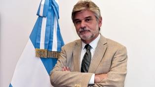 """Filmus expresó """"esperanza de que pronto nuestra bandera vuelva a flamear en las Malvinas"""""""
