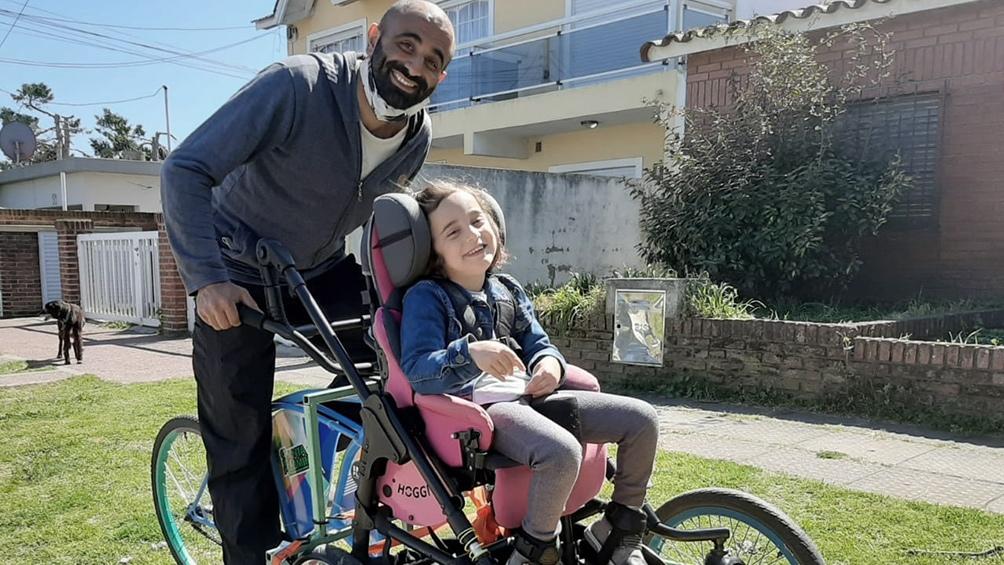 """El fundador de """"Disfrutarte en Bici"""" contó que junto a él participan unas 40 familias."""