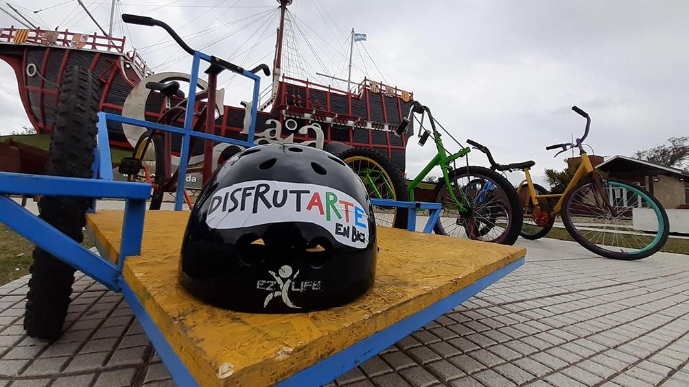 """""""En estos momentos, contamos con 20 bicicletas adaptadas y otras 160 que fueron donadas por ciudadanos de nuestro distrito haciendo correr el boca a boca""""."""