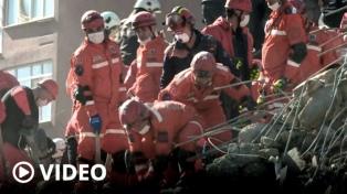 Se eleva a 58 la cifra de muertos y a casi 900 la de heridos por el sismo
