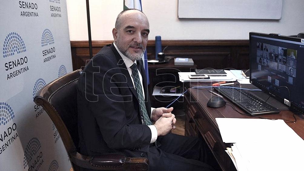 Cuando era diputado nacional, en 2016, Doñate se presentó en la justicia y frenó, por medio de una cautelar, la destrucción y quema de las cunitas que había determinado el juez Claudio Bonadío.