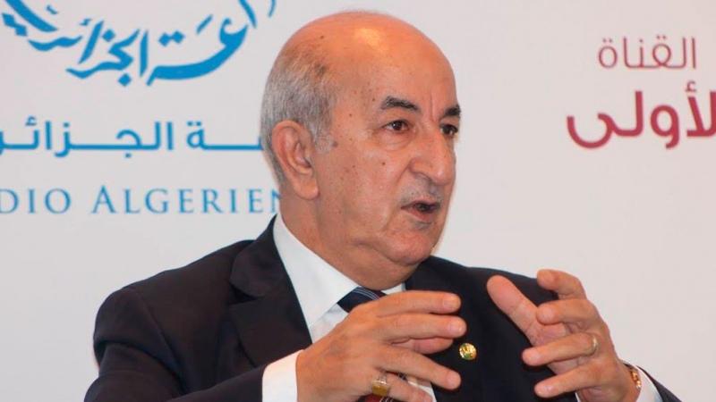 Argelia: el presidente prometió liberar a detenidos, disolvió el parlamento y anticipó elecciones