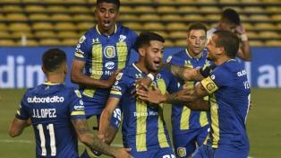 Rosario Central y Defensa juegan por la punta en la Complementación A