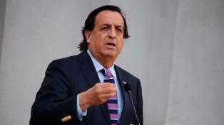 Renunció el ministro del Interior luego de que el Congreso aprobara hacerle juicio político