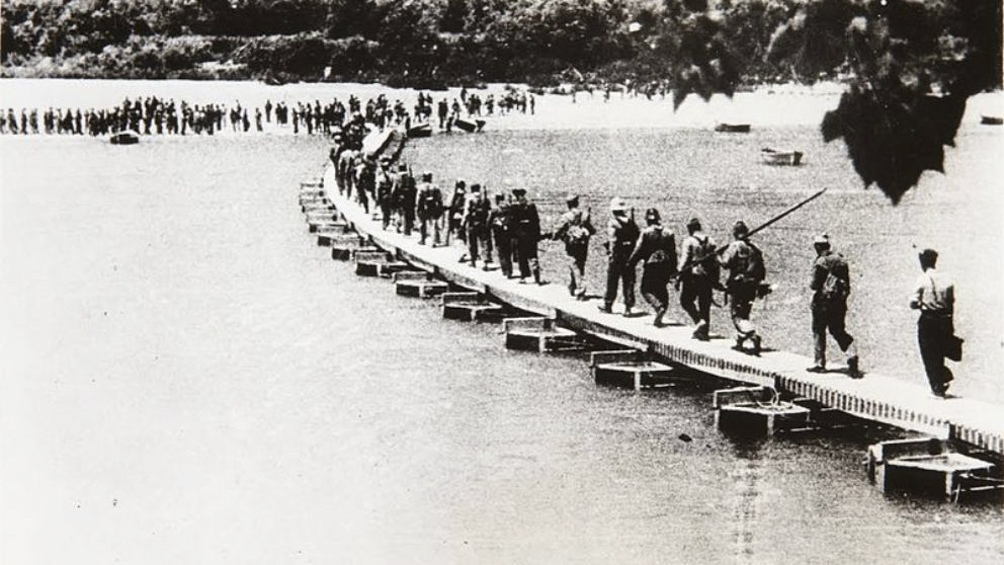 La cruenta batalla del Ebro causó más de veinte mil muertos durante la Guerra Civil Española.