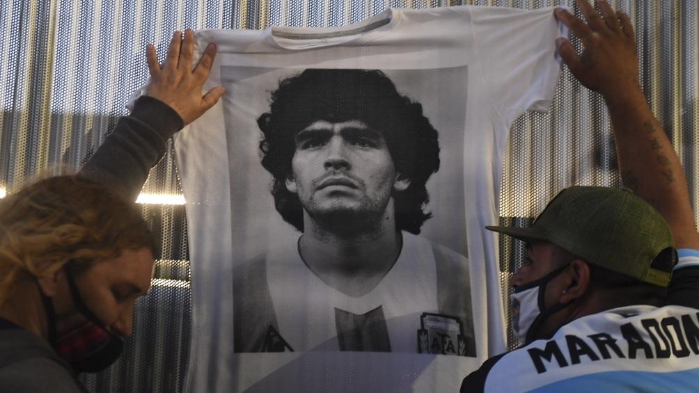 """A fines de septiembre del año pasado, Maradona se hizo un """"chequeo general"""" en Ipensa, y Luque contactó al cardiólogo para que le haga una """"evaluación cardiológica""""."""