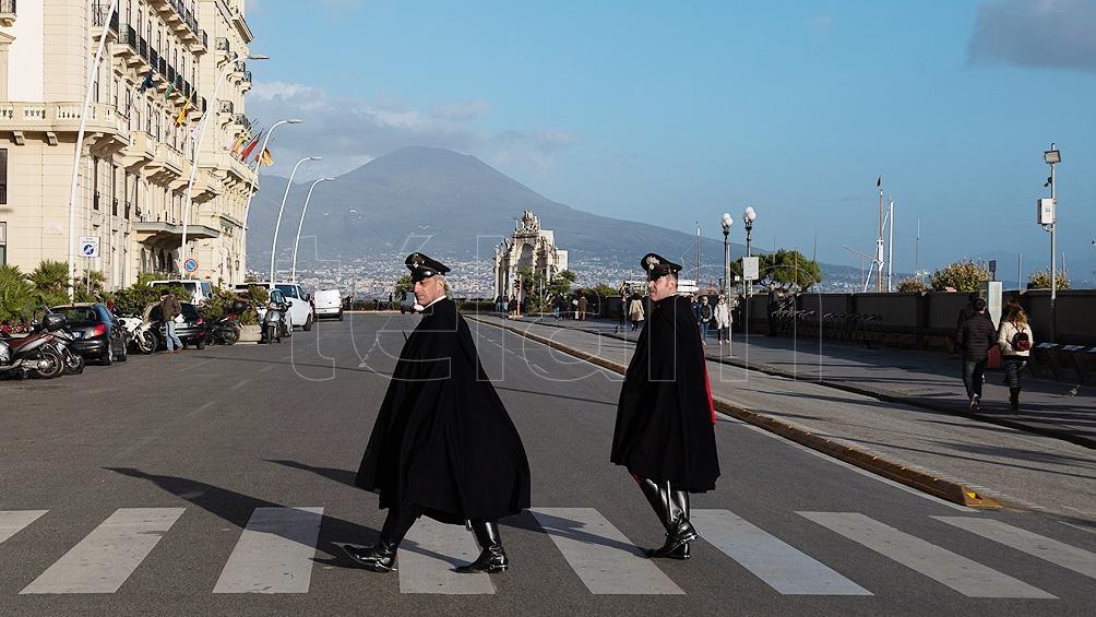 Italia registró un ligero descenso de los contagios