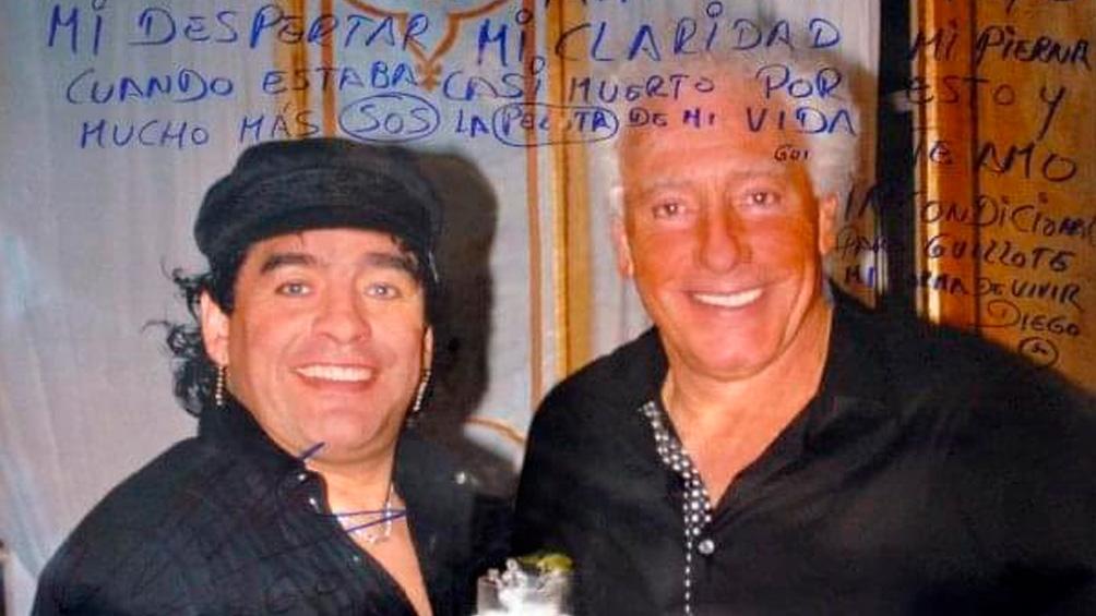 Guillermo Cóppola saludó a Maradona con una desconocida fotografía