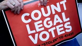 Fiscales acusan a dos hombres de cometer fraude electoral en California