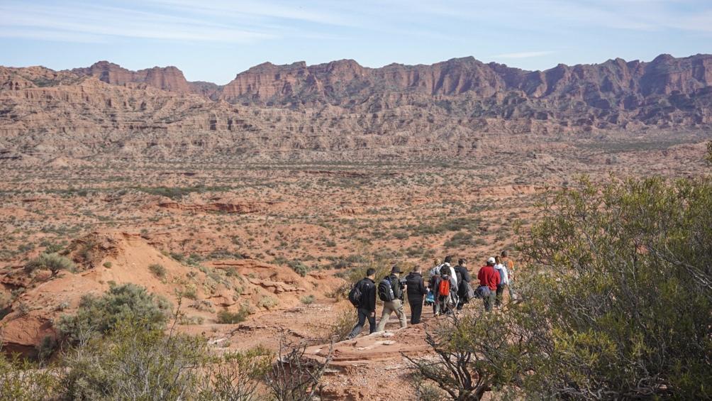 Sierra de las Quijadas ofrece varias alternativas de caminatas. Lo ideal es hacerlas entre abril y octubre para evitar altas temperaturas.