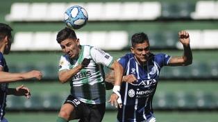 Banfield superó a Godoy Cruz y sigue firme en la Copa de Liga Profesional