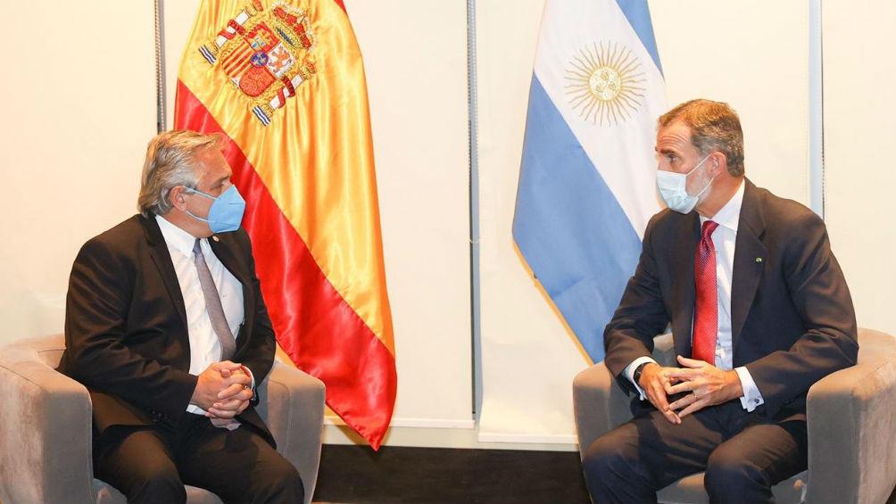 Alberto Fernández y el rey Felipe VI en La Paz.
