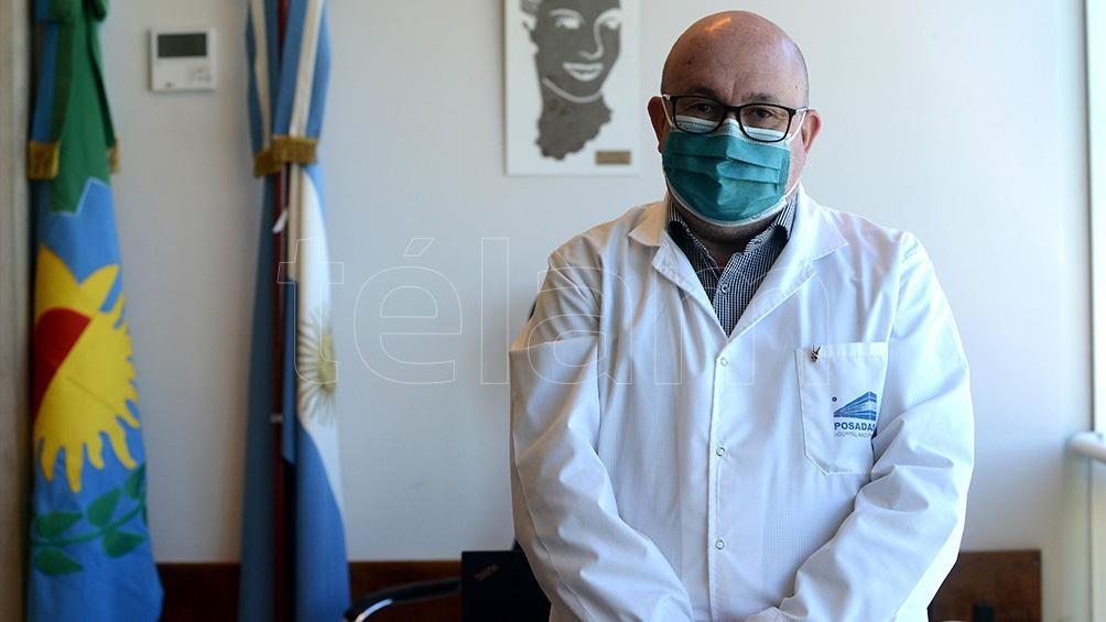 El director ejecutivo del hospital, Alberto Maceira afirma que como bajó la ocupación en terapia intensiva se cerró una de las salas Covid.