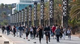 España levantará el uso obligatorio de barbijos al aire libre el 26 de junio