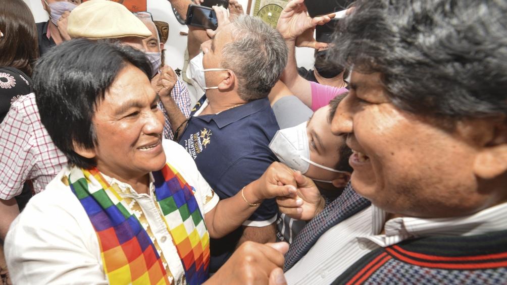 Morales fue a la casa de Sala, en el barrio de La Ciénaga, donde la dirigente cumple prisión domiciliaria.
