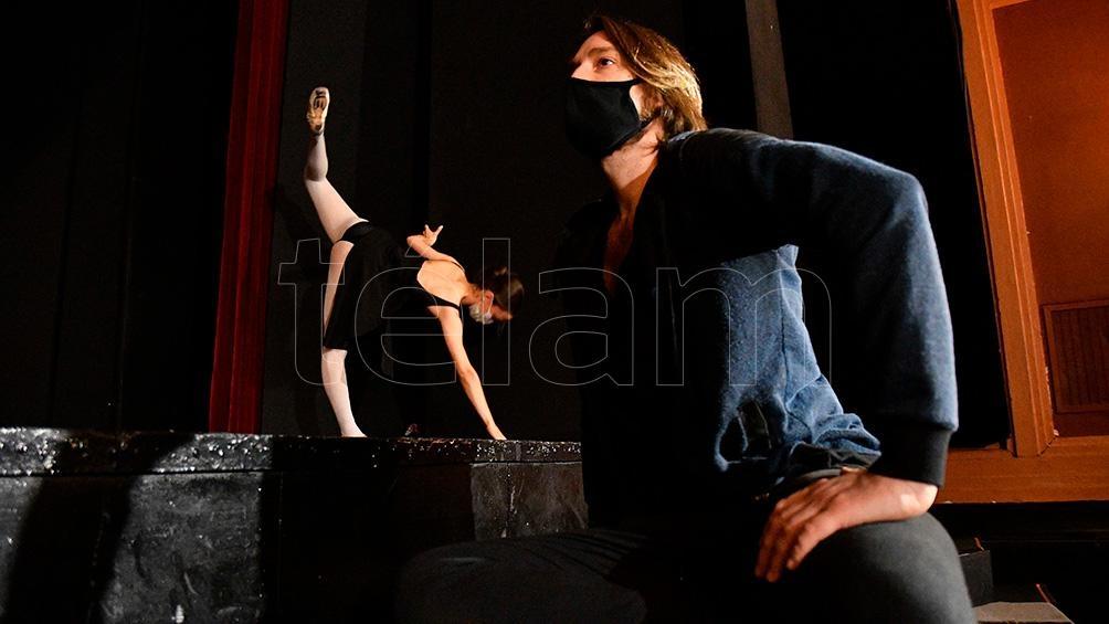 """""""Resiliencia"""" en el escenario del Regina."""