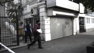 Un hombre acuchilló a dos mujeres en una escuela de danza en Palermo y fue baleado y detenido