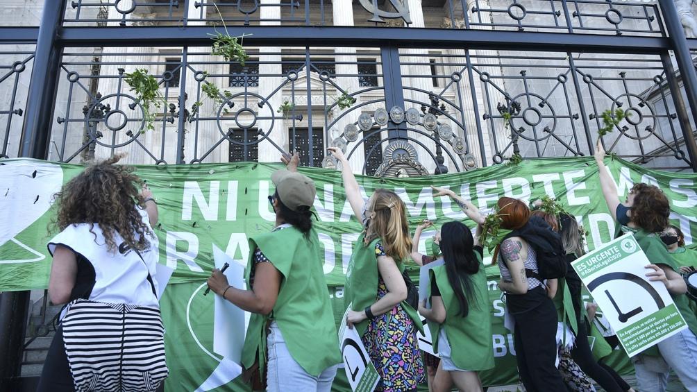 Frente de Todos (FdT) confía en que tendrá los votos necesarios para aprobar antes de fin de año el proyecto de legalización del aborto en la Cámara de Diputados.