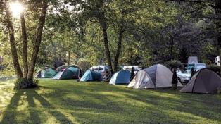 Los campings podrán abrir y los hoteles no podrán encender aires acondicionados