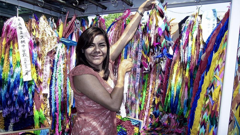Noelia Ávila, especialista en el arte del plegado de papel.