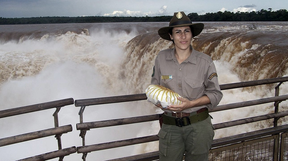 María Laura, en el Parque Nacional Iguazú. Comenzó en la Seccional Timbó, a un kilómetro de la Garganta del Diablo.
